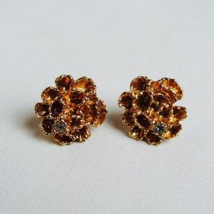 VTG Avon Gold Floral Rhinestone 60s Stud Earrings